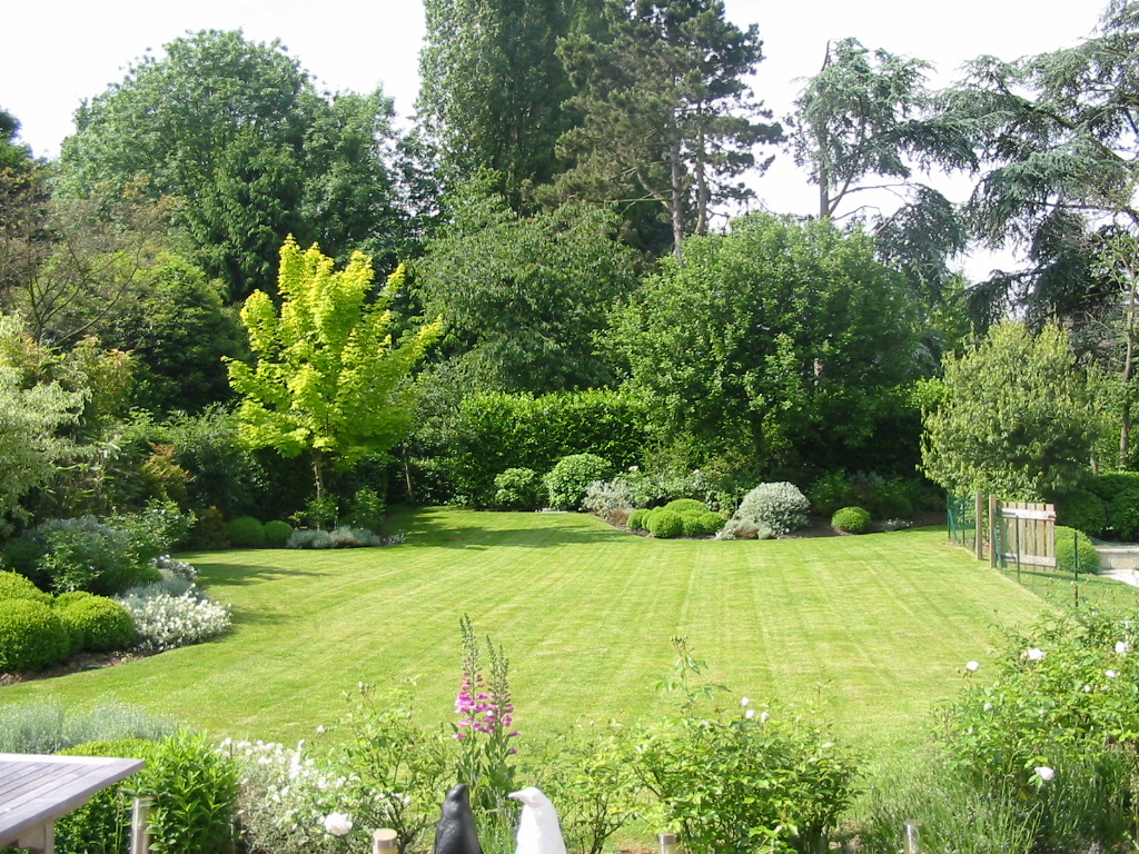 06jardin 2 atout paysage for Plan amenagement jardin anglais